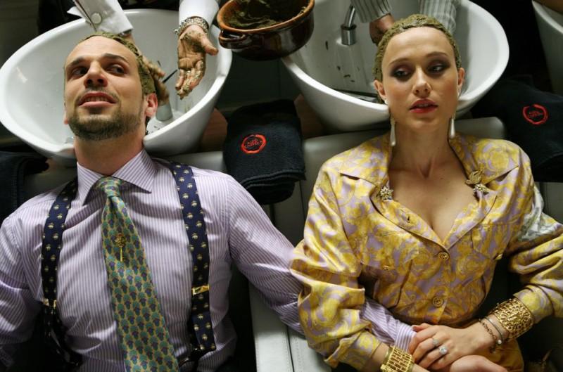 Francesco Montanari e Gabriella Pession in una scena del film Oggi Sposi