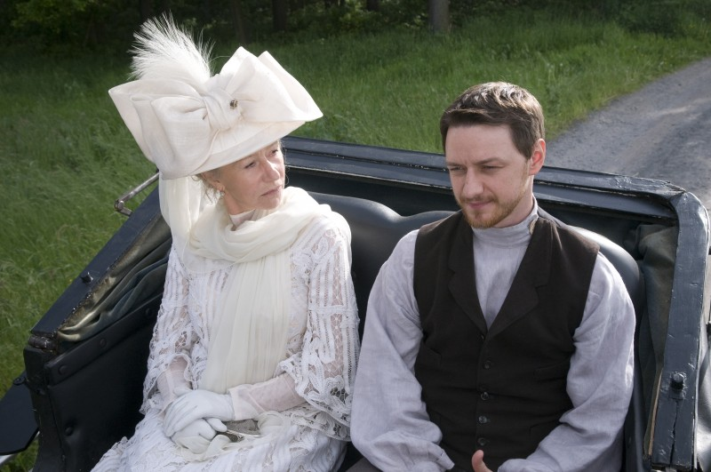 Helen Mirren e James McAvoy nel film The Last Station