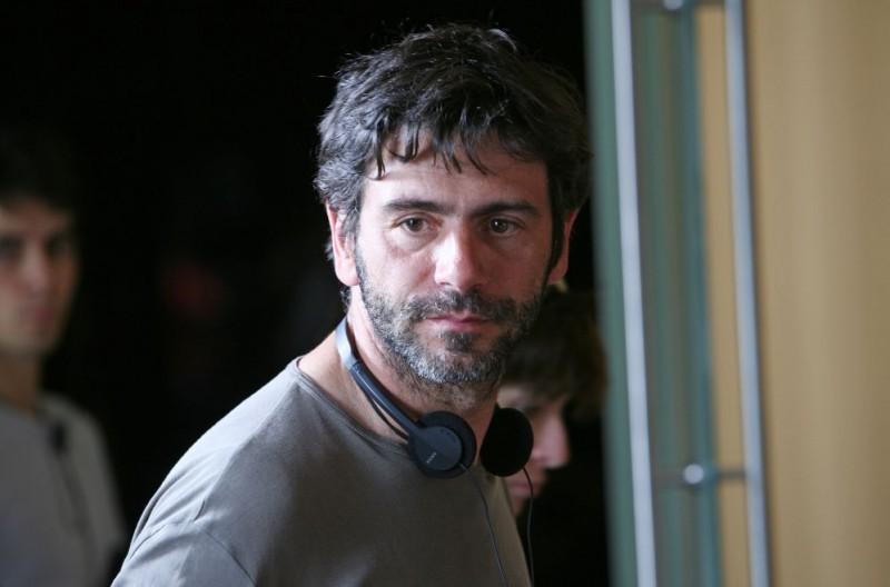 Il regista Luca Lucini sul set del film Oggi Sposi