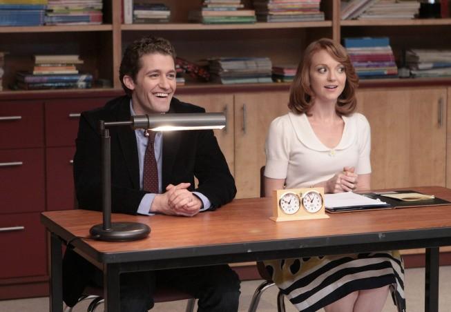 Matthew Morrison e Jayma Mays in una scena dell'episodio Vitamin D della serie Glee