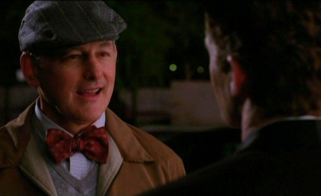 Matthew Morrison e la guest star Victor Garber in una scena dell'episodio Acafellas della serie Glee