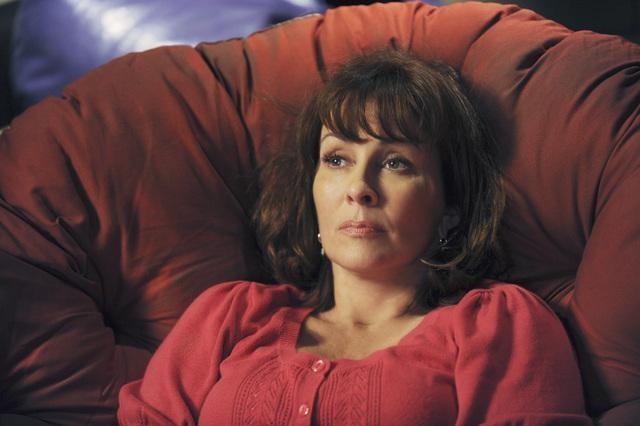 Patricia Heaton nell'episodio The Cheerleader della serie The Middle