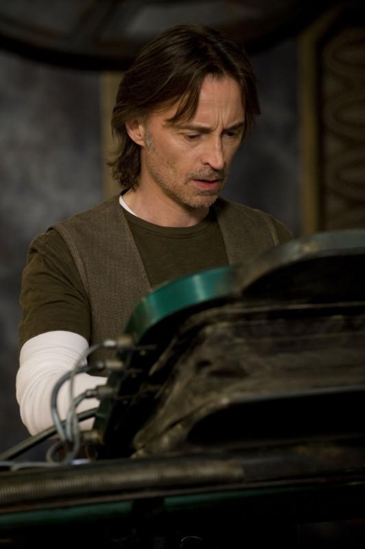 Robert Carlyle nella premiere di Stargate Universe