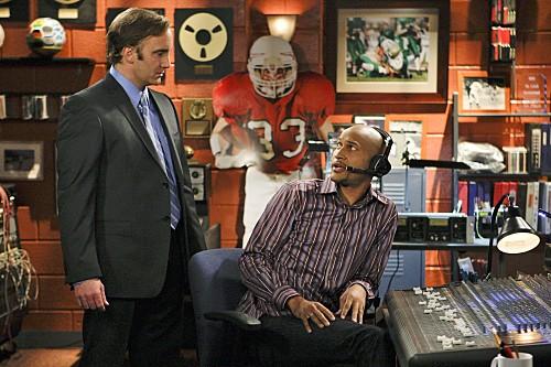 Jay Mohr e Keegan Michael Key in una scena dell'episodio Gary Has a Dream di Provaci ancora Gary