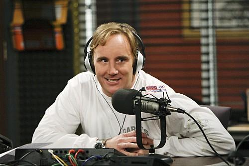 Jay Mohr in una scena dell'episodio Gary Has a Dream di Provaci ancora Gary