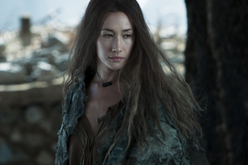 Maggie Q nel film The Warrior and the Wolf