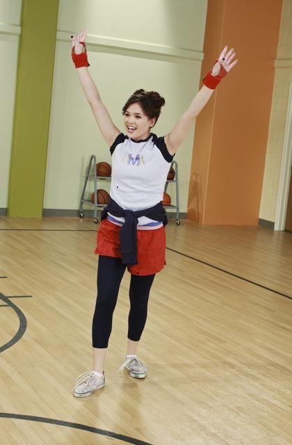 Nicole Gale Anderson nell'episodio Detention della serie Jonas