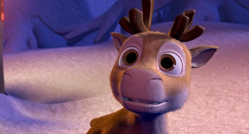 Una tenera immagine tratta dal film d'animazione Niko una renna per amico