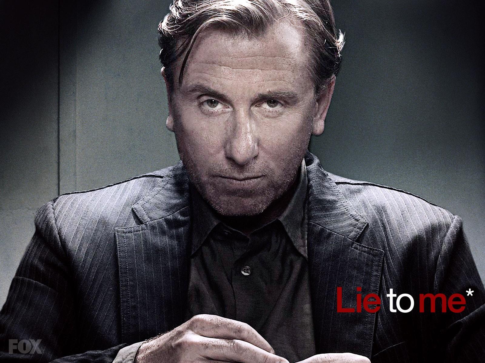 Un wallpaper di Tim Roth (il Dott. Cal Lightman) per la seconda stagione della serie tv Lie to Me