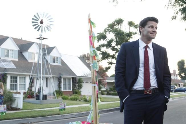 David Boreanaz nell'episodio Beautiful Day in the Neighborhood della serie Bones