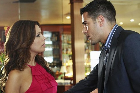 Desperate Housewives, stagione 6: Eva Longoria Parker e Jesse Metcalfe nell'episodio The God-Why-Don't-You-Love-Me Blues