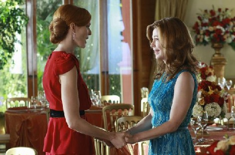 Desperate Housewives, stagione 6: Marcia Cross e Dana Delany (Bree e Katherine) mnell'episodio The God-Why-Don't-You-Love-Me Blues