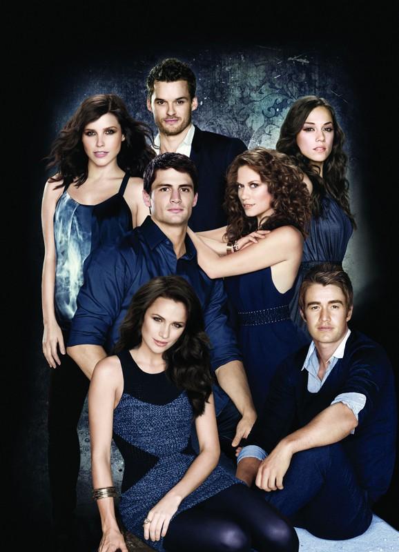 Il cast principale della stagione 7 di One Tree Hill in una foto promo