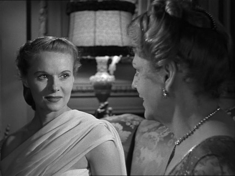 Ann Todd in una scena del film Il caso Paradine ( 1947 )