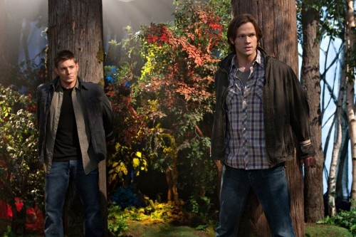 Jared Padalecki e Jensen Ackles in una scena dell'episodio 'Fallen Angel' di Supernatural