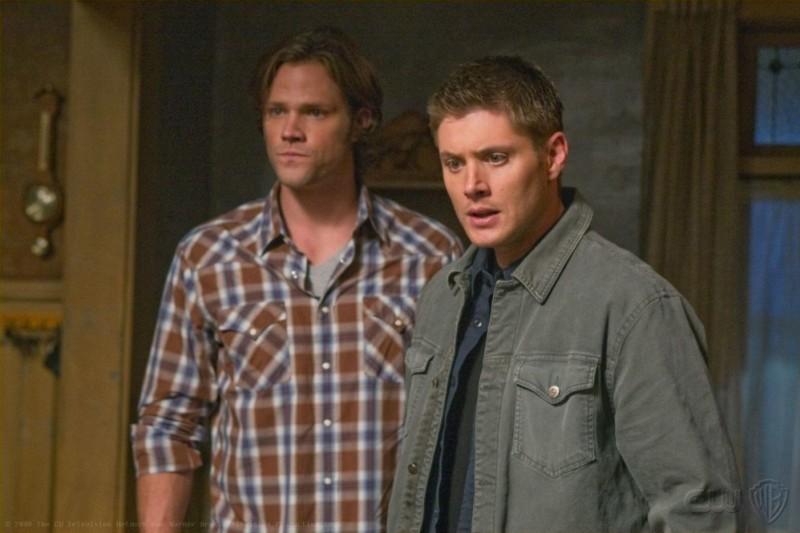 Jared Padalecki e Jensen Ackles in una scena dell'episodio I Believe the Children Are Our Future di Supernatural