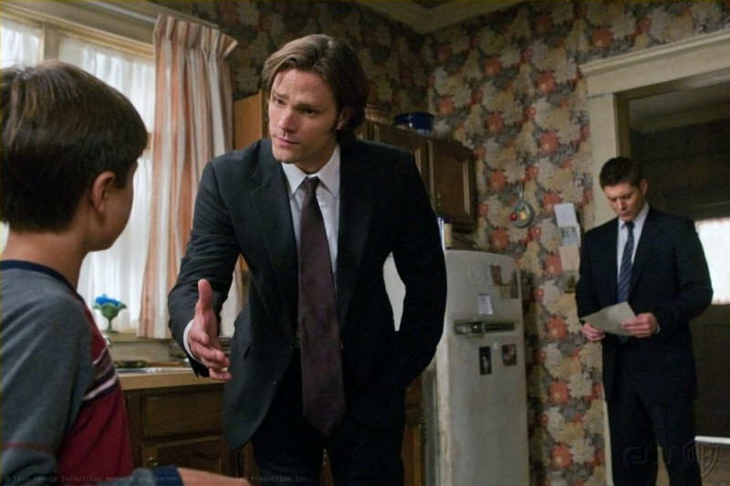 Jared Padalecki e Jensen Ackles nell'episodio I Believe the Children Are Our Future di Supernatural
