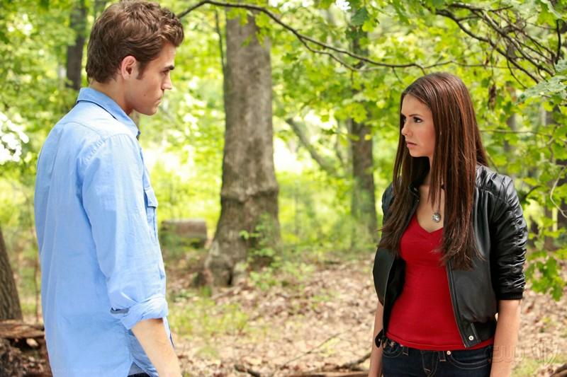 Paul Wesley e Nina Dobrev nell'episodio Lost Girls della serie tv The Vampire Diaries