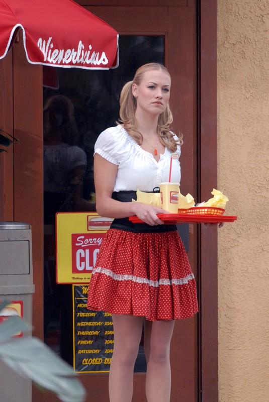 Yvonne Strahovski è Sarah Walker in una scena dell'episodio Chuck vs. La verità di Chuck