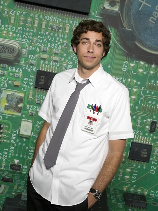 Zachary Levi in una foto promozionale per la prima stagione di Chuck
