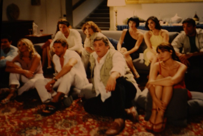 Carlo Marchetti sul set de La casa delle beffe con Maurizio Mattioli (al centro)