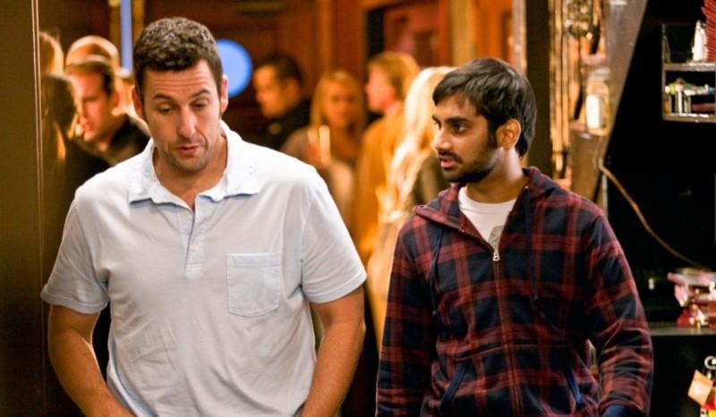 Adam Sandler e Aziz Ansari in una scena del film Funny People di Judd Apatow