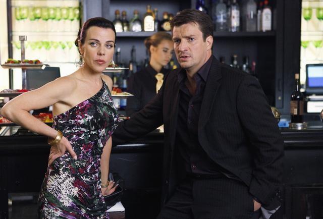 Debi Mazar e Nathan Fillion nell'episodio When the Bough Breaks della serie Castle
