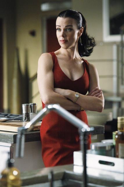 Debi Mazar nell'episodio When the Bough Breaks della serie Castle