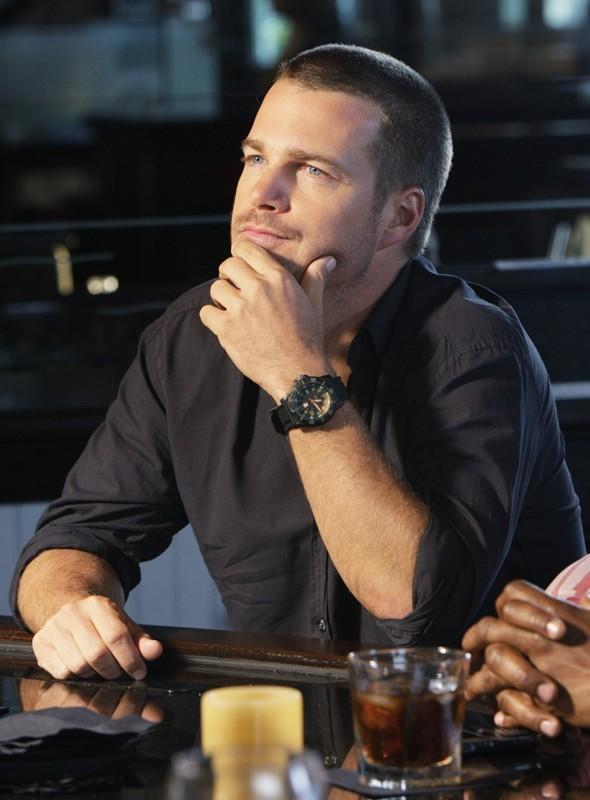 L'agente G. Callen (Chris O'Donnell) in una scena dell'episodio Predator di NCIS: Los Angeles