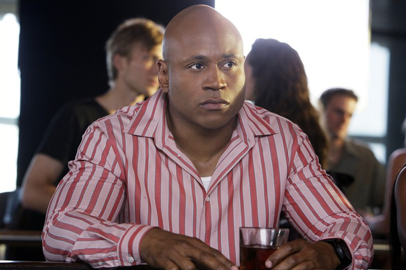 LL Cool J è Sam in una scena della puntata Predator di NCIS: Los Angeles