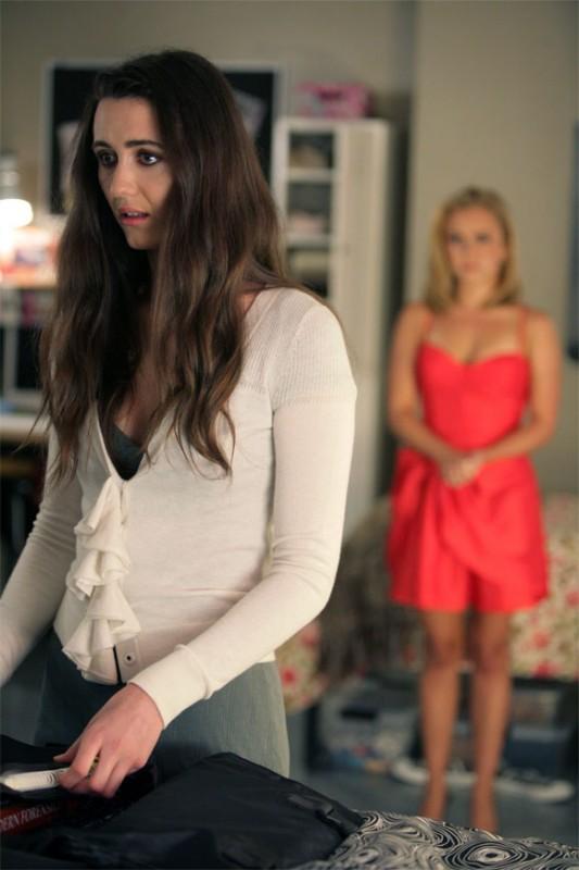 Madeline Zima in una scena di Hysterical Blindness dalla stagione 4 di Heroes