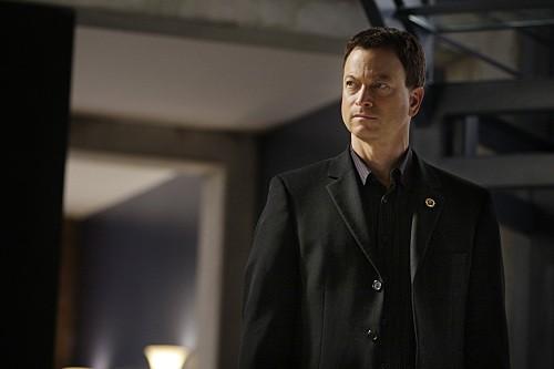 Gary Sinise in un'immagine dell'episodio Dead Reckoning di CSI New York