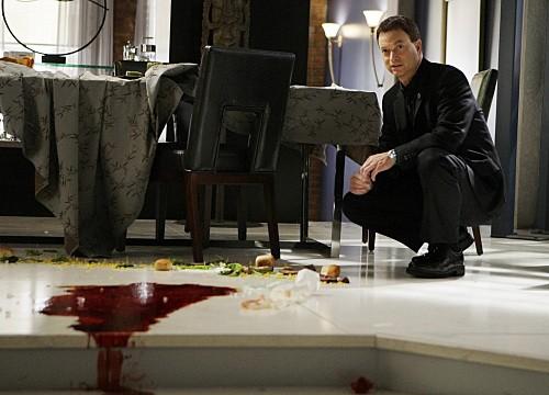Gary Sinise in un momento dell'episodio Dead Reckoning di CSI New York