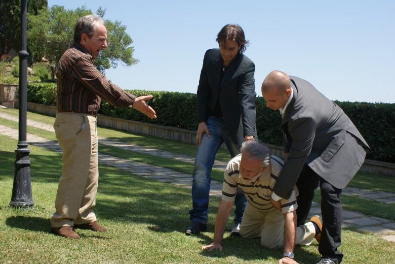 Giuseppe Milazzo Andreani e Ernesto Mahieux in una scena del film Ganja Fiction
