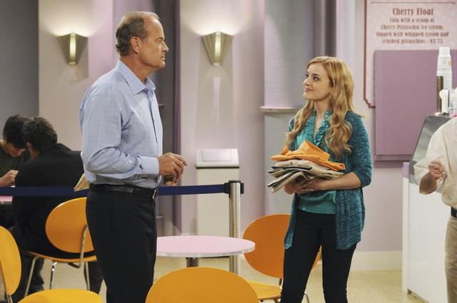Kelsey Grammer e Jordan Hinson nell'episodio Drag Your Daughter to Work Day della serie Hank
