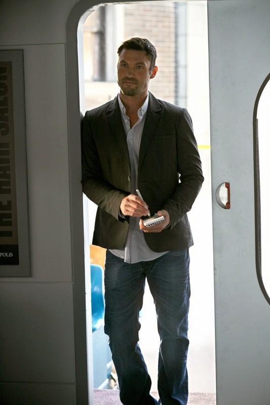 Brian Austin Green è John Corben in una scena dell'episodio Savior di Smallville