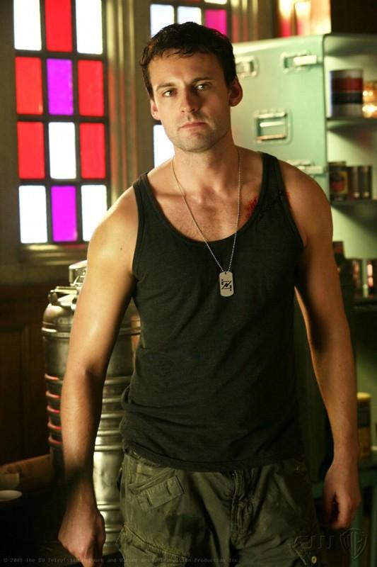 Callum Blue è Zod nel primo episodio della nona stagione di Smallville