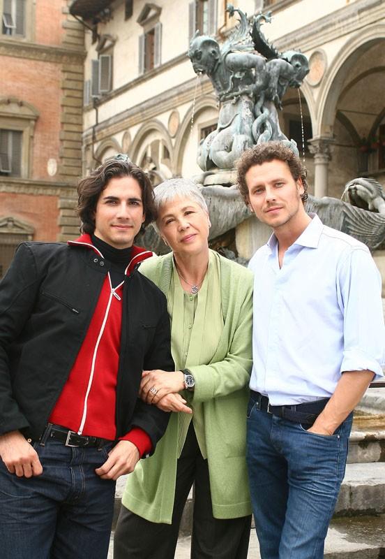 Luca Bastianello, Ottavia Piccolo e Gabriele Greco nella fiction Una sera d'ottobre