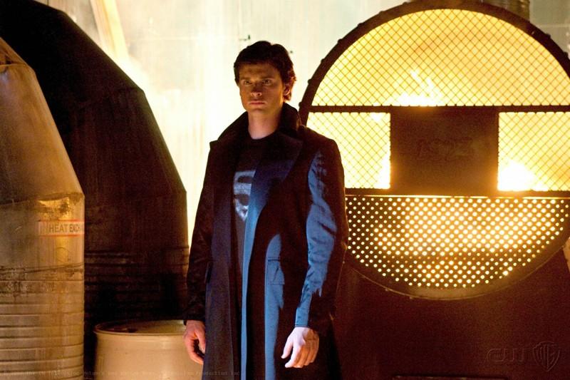 Tom Welling in una scena del secondo episodio della stagione 9 di Smallville