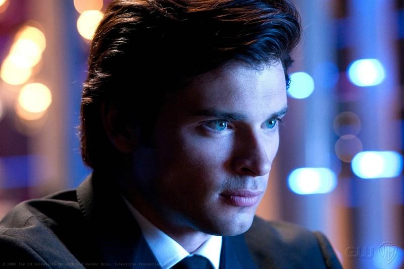 Un primo piano di Tom Welling nell'episodio Echo della stagione 9 della serie Smallville