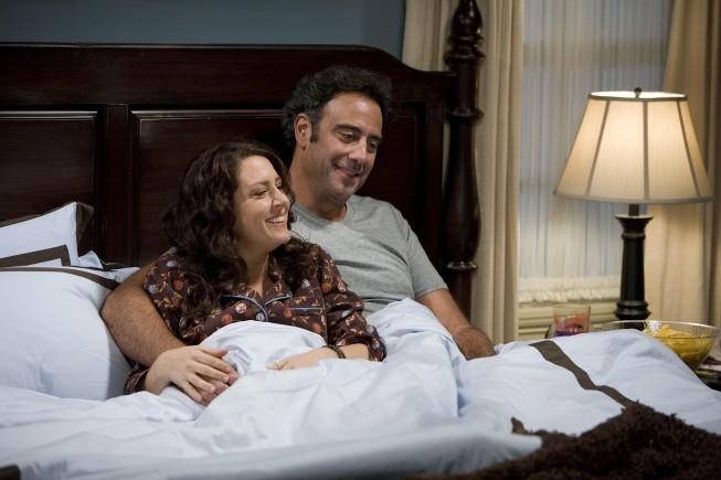 Til Death: Brad Garrett e Joely Fisher nell'episodio Doug and Ally Return