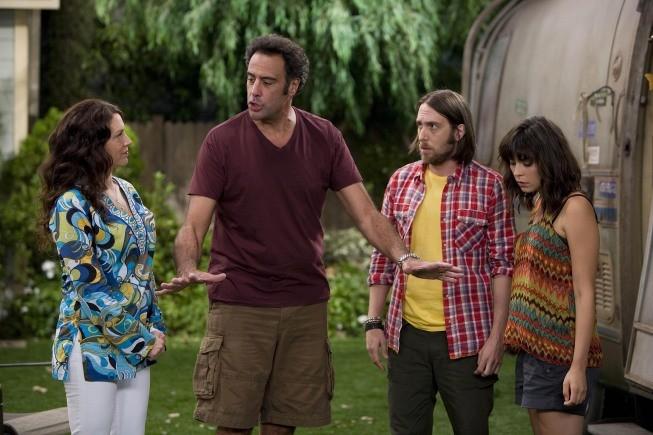 Til Death: Brad Garrett, Joely Fisher, Lindsey Broad e Timm Sharp nell'episodio Doug and Ally Return