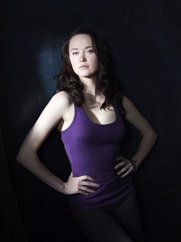 Elyse Levesque in una foto promozionale della stagione 1 di Stargate Universe