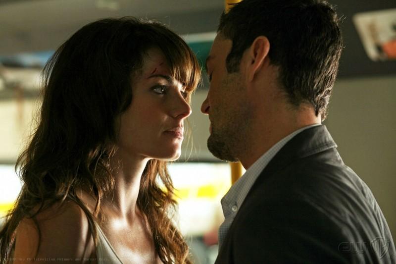 Erica Durance e Brian Austin Green in una scena dell'episodio Savior di Smallville