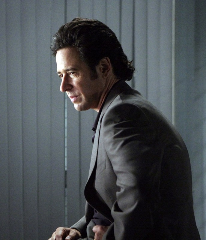 Numb3rs: Rob Morrow nell'episodio Where Credit's Due