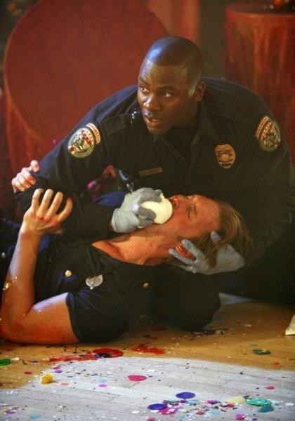 Trauma: Derek Luke nell'episodio Masquerade