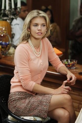 90210: AnnaLynne McCord in una scena dell'episodio Unmasked