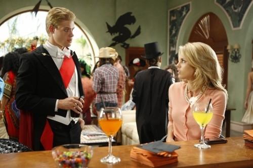 90210: Trevor Donovan ed AnnaLynne McCord nell'episodio Unmasked