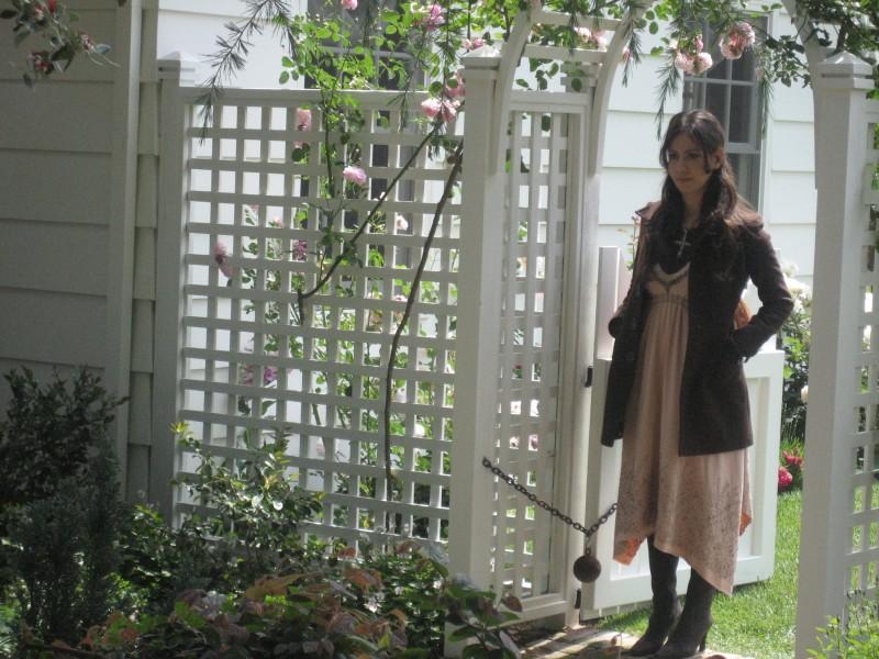 Adriana Garza è Athena nel film Paulo Coelho's The Experimental Witch