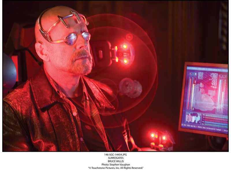 Bruce Willis è protagonista de Il mondo dei replicanti, 2009